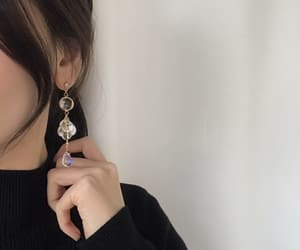 aesthetic, earrings, and ulzzang image