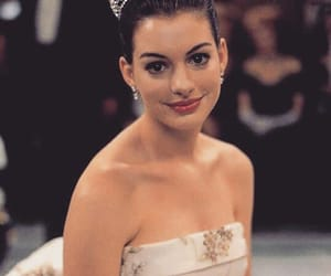 Anne Hathaway, princess, and the princess diaries image