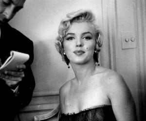 Marilyn Monroe and Queen image