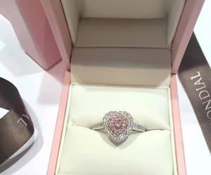 luxury, ring, and diamond image