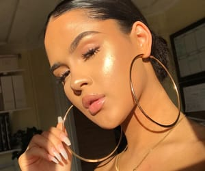 girl, highlight, and makeup image