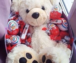 kinder, chocolate, and bear image