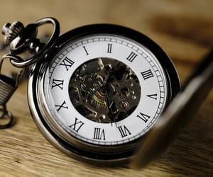 clock, montre, and temps image