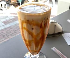 milkshake and doce image