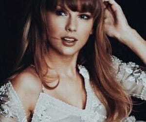 icon, idol, and Taylor Swift image