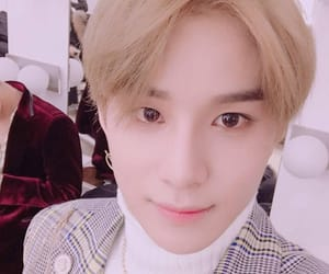 kpop, nct, and jungwoo image