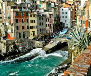 italy, photography, and Riomaggiore image
