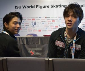 figure skating, japan, and yuzuru hanyu image
