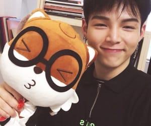 idol producer, xiao gui, and zhu xingjie image