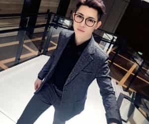 qin fen, idol producer, and han mubo image