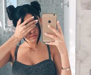 girl, madison beer, and iphone image