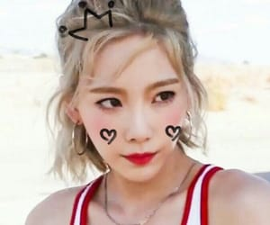 taeyeon, snsd, and girls image