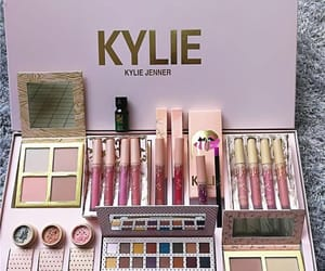 box, makeup, and kylie cosmetic image