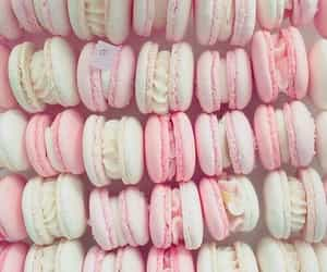 pink and macaroons image