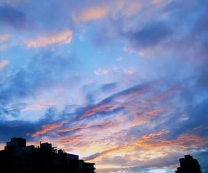atardecer, cielo, and colorful image