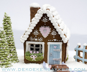 gingerbread house and christmas image