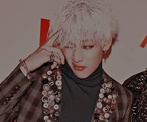 edit, kpop, and red image