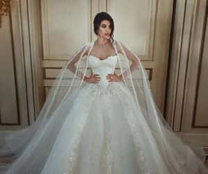 photoshoot, wedding dress, and perfect image