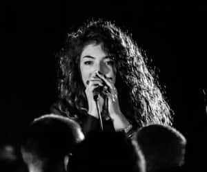 black and white and ️lorde image