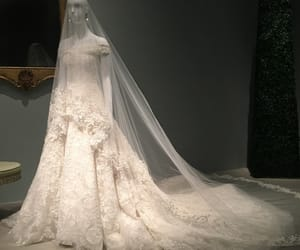 classic, fashion, and weddinggown image