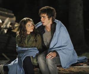 modern family, haley dunphy, and dylan and haley image