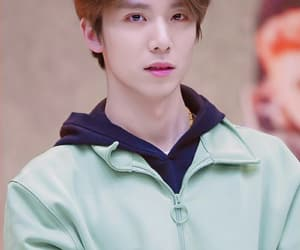 hwiyoung, sf9, and asian boy image