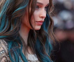 black hair and blue highlights image