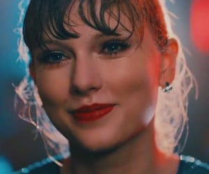 delicate, Taylor Swift, and Reputation image