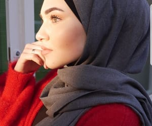 fashion, hijab, and makeup image