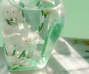 mint green image