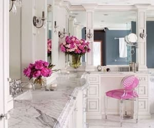 bathroom, luxury, and badezimmer image