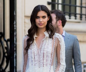 sara sampaio and fashion image