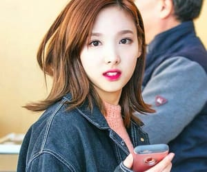 asian, lips, and nayeon image