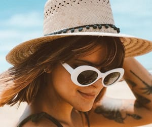 fashion, sunnies, and oval image
