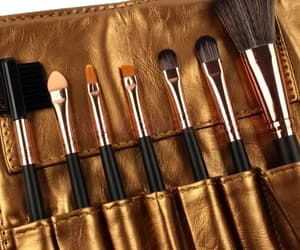 beauty, bijoux, and Brushes image