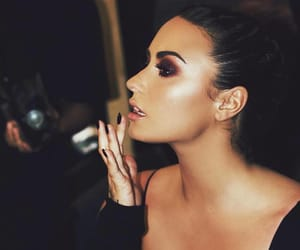 demi lovato, makeup, and beauty image