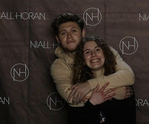 fans and niall horan image