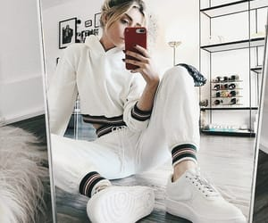 fashion, white, and ootd image