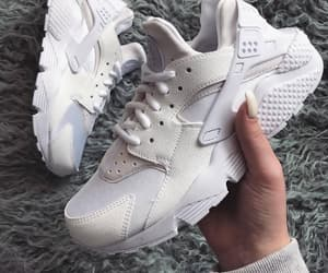 fashion, huarache, and nike image