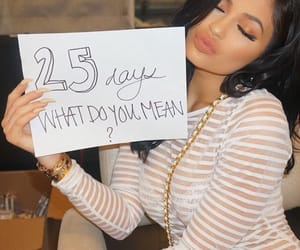 kylie jenner, justin bieber, and what do you mean image
