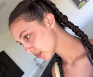 girl, skin, and braids image