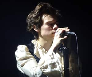 Harry Styles, amsterdam, and tour image