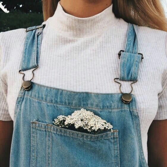 aesthetic, blonde, and flowers image