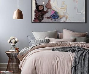 bedroom and decor image