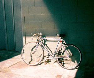 hipster, vintage, and bicycle image