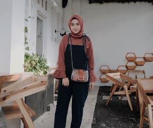 fashion, hijab fashion, and hijab style image