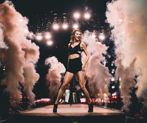 1989, 1989 tour, and Taylor Swift image