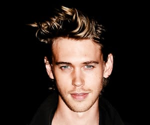 austin butler, the carrie diaries, and the shannara chronicles image