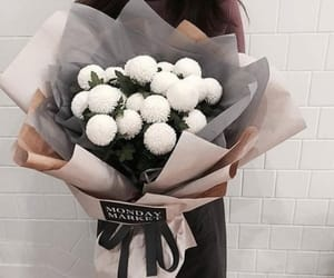 bouquet, classy, and flowers image