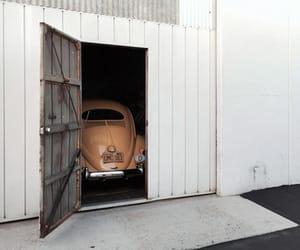 car and minimal image